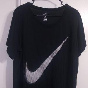 Nike women's black t-shirt short sleeve size 2X